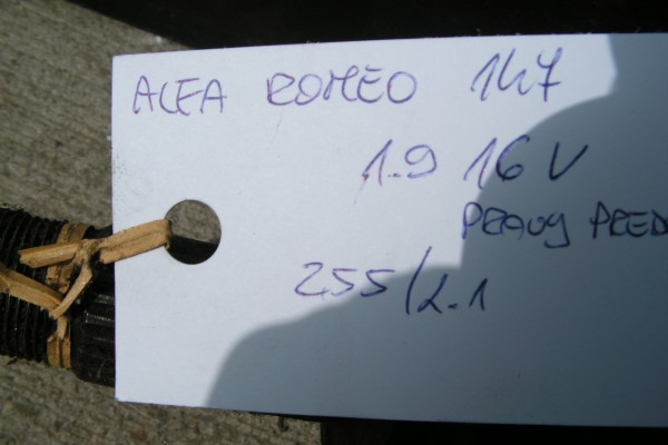 Poloos Alfa Romeo 147 1.9 16V Diesel