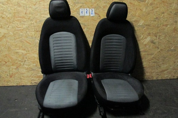 Fiat Grande Punto  Sedačky Čierna 112