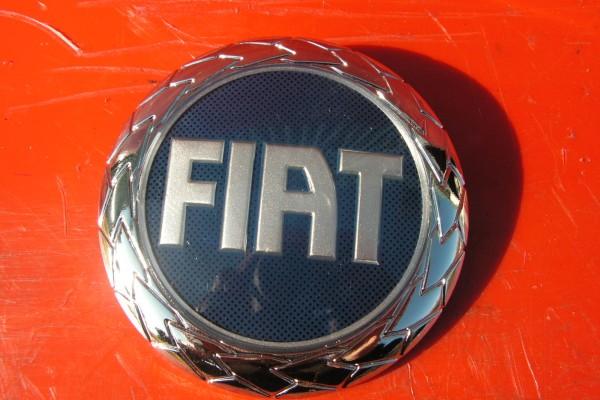 Fiat Zadny Znak Nahrada Originalu 95mm 46849571