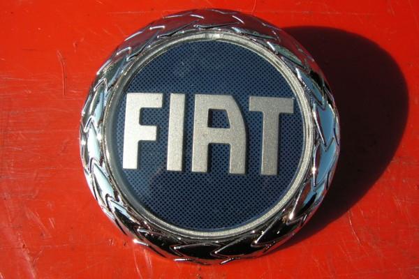 Fiat Punto II Predny Znak Nahrada Originalu 46522729