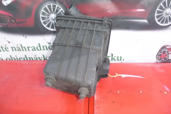Fiat Multipla  1.6 benzin obal vzduchoveho filtra