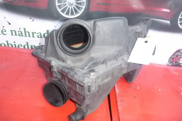 Fiat Croma 2.4jtd Obal Vzuchoveho filtra