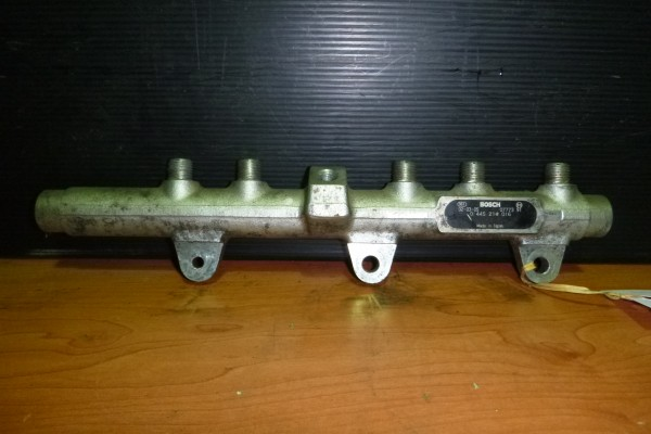 Vstrekovacia Rampa Fiat Stilo 0445214016
