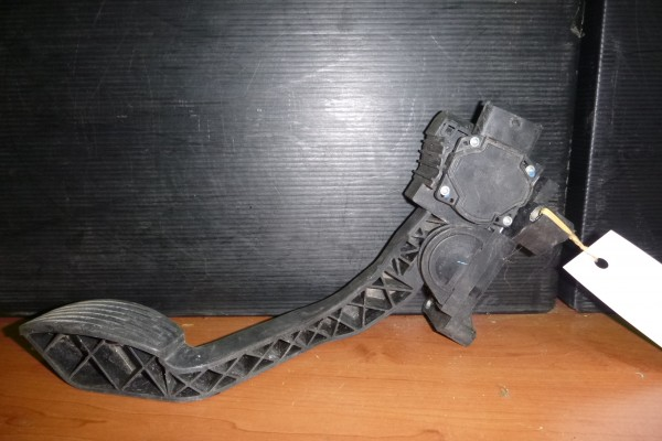 Fiat Punto2/3 Pedal Plynu 46527295