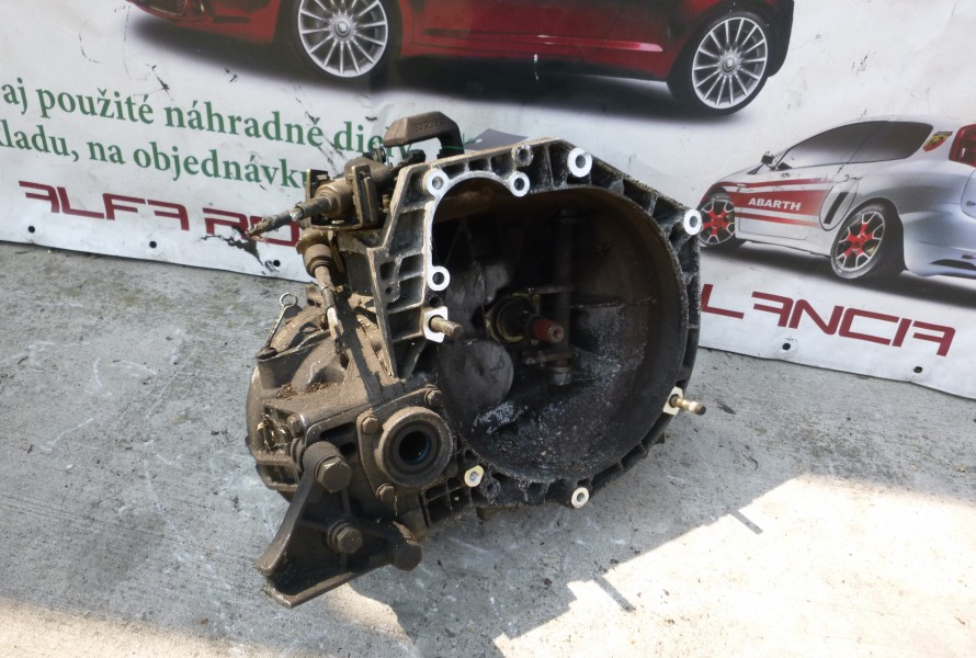 Lancia Lybra 1.9Jtd 5Stupnova Prevodovka