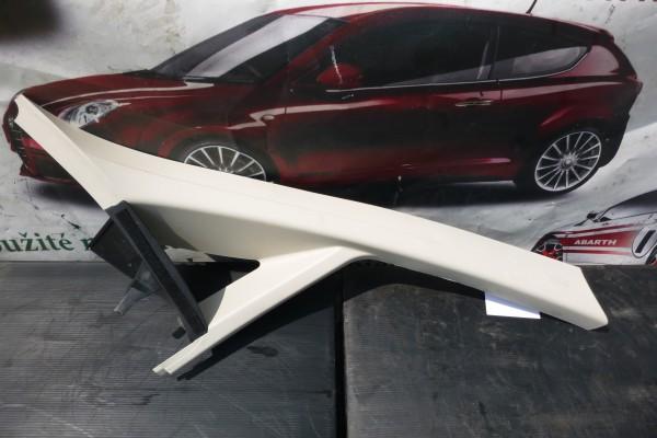 Fiat Linea Plast na Pravy Predny Stlpik 735424221