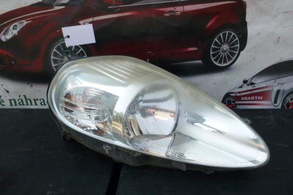 Fiat Grande Punto Prave Predne Svetlo
