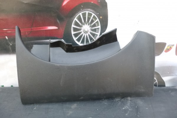 Fiat Grande Punto Plast Pod Volant 735386353