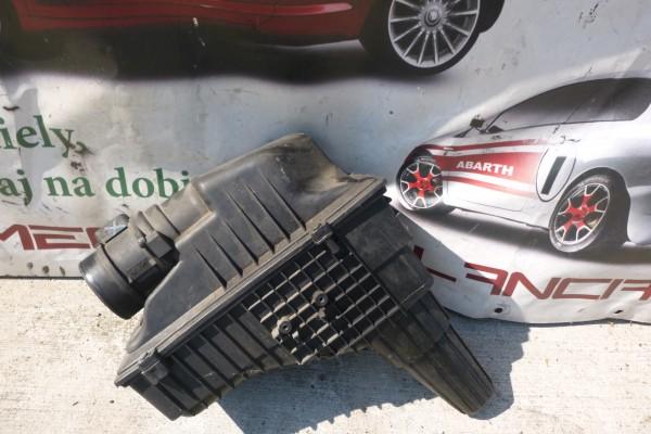 Lancia Phedra Obal Vzduchoveho Filtra 2.2diesel