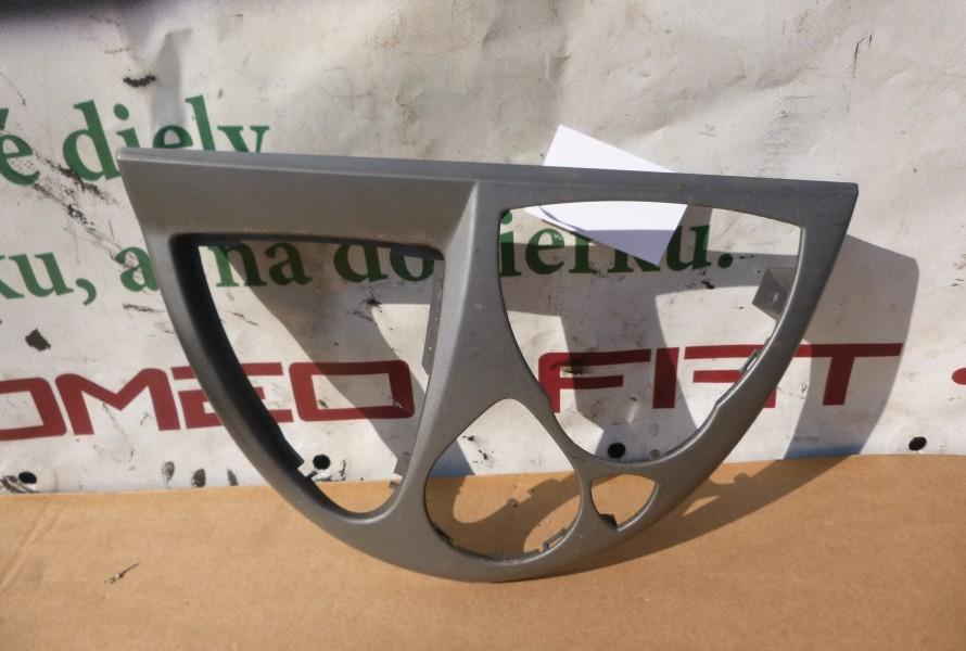 Lancia Phedra stredny Plast Palubovky 1847114000