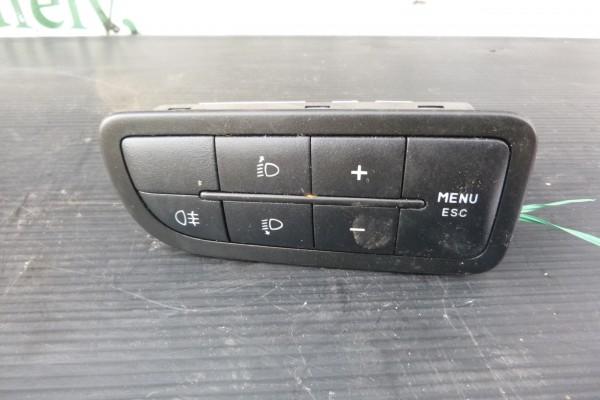 Fiat Qubo ovládač, vypínač, hmloviek, nastavenie svetiel