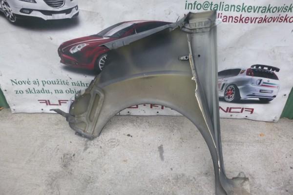 Fiat Fiorino/Qubo Pravy Predny Blatnik