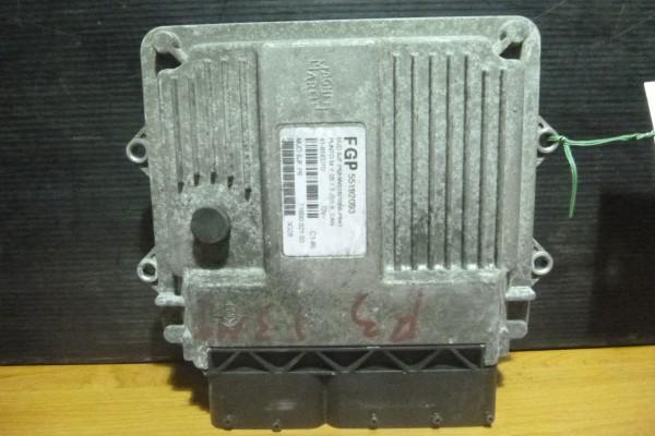 Fiat Punto 3 1.3jtd  Riadiaca Jednotka Motora 55192093