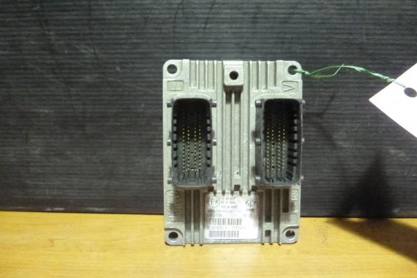 Lancia Ypsilon 3 1.2 riadiaca jednotka motora 51933470