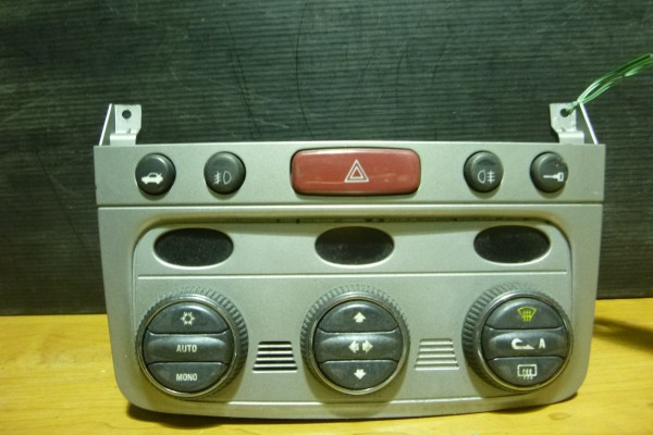 Alfa Romeo 147 Ovladanie Klimatizacie 156051369