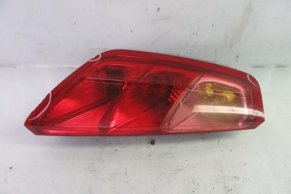 Fiat Grande Punto Lave zadne svetlo poskodene 51701589