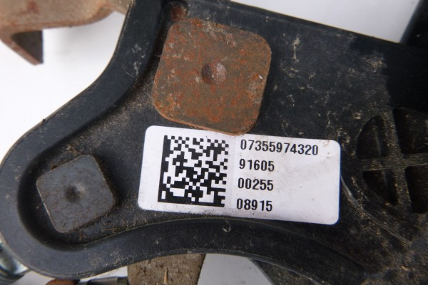 Fiat 500L Rucna Brzda 735597432