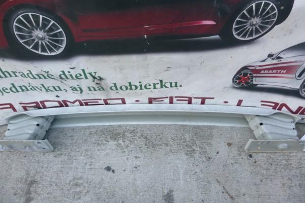 Fiat 500 Zadna Vystuha Naraznika