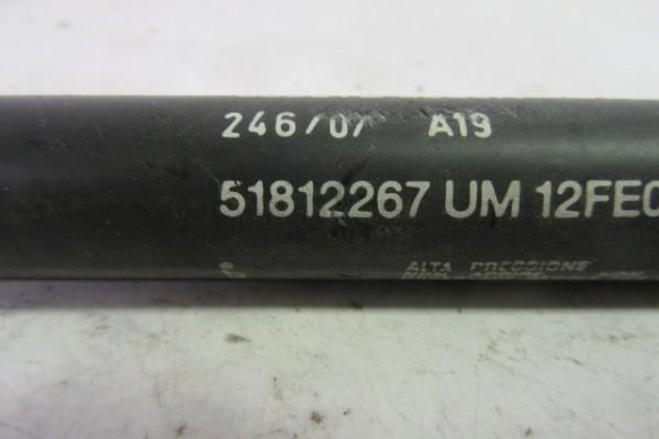 Fiat Bravo 2 Tlmic Kufrovych Dverí 51812267