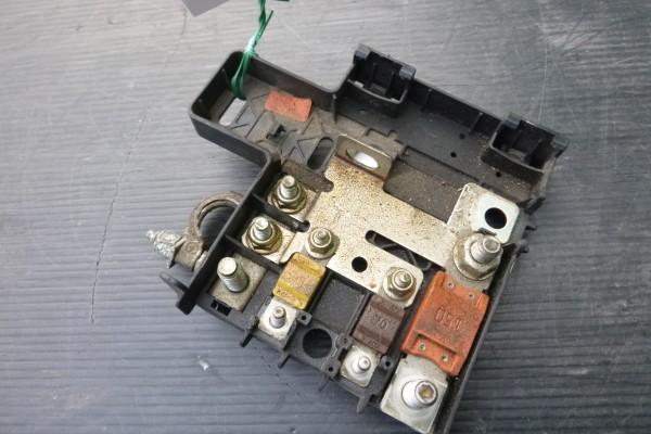 Alfa romeo 159 poistna skrinka/kontakt baterky