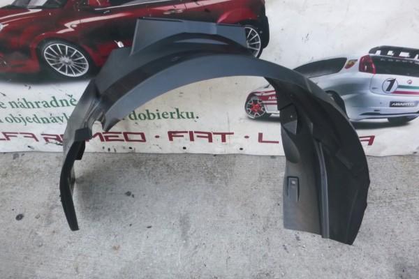 Fiat 500 FL novy lavy originalny podblatnik 2015- 52121704