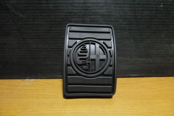 Alfa Romeo 159/brera/spider nova originalna guma spojkoveho pedalu 71740399