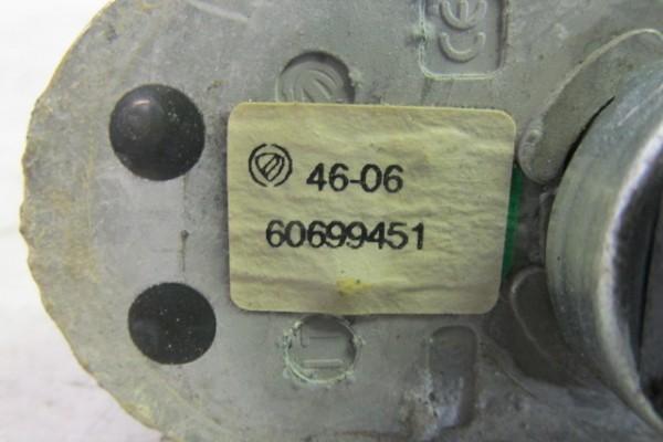 Alfa romeo 159 spodok anteny 60699451