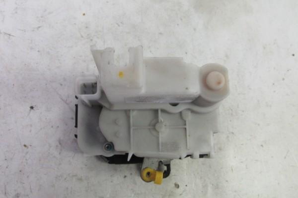 Fiat Panda 2 lavy predny zamok 51826973