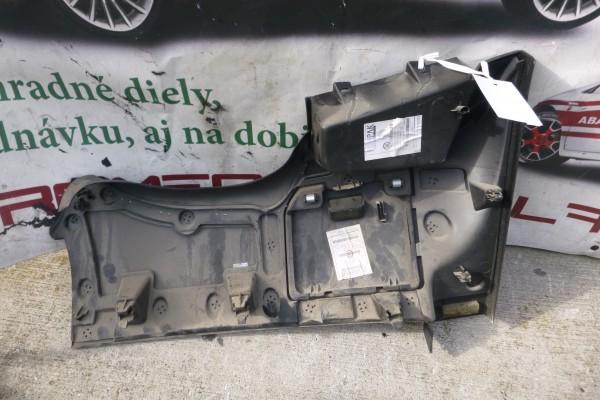 Fiat Doblo 3 plast palubnej dosky 735456528