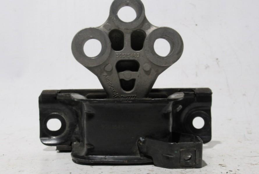 Alfa Romeo Mito 1.4benzin silentblok/ulozenie prevodovky 50515483