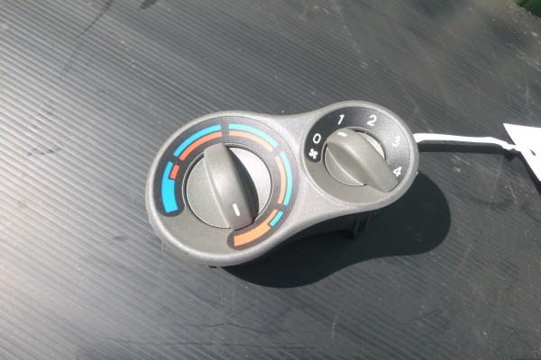 Fiat Panda 2 ovladanie klimatizacie 5A0243700